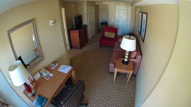 marriott suites anaheim king suite
