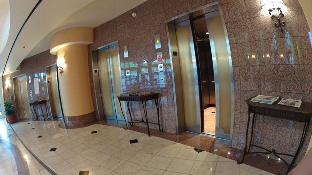 marriott suites anaheim elevators